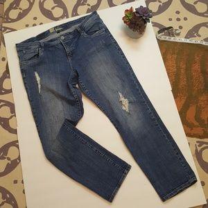 Kut from the kloth Celine slouch boyfriend jeans